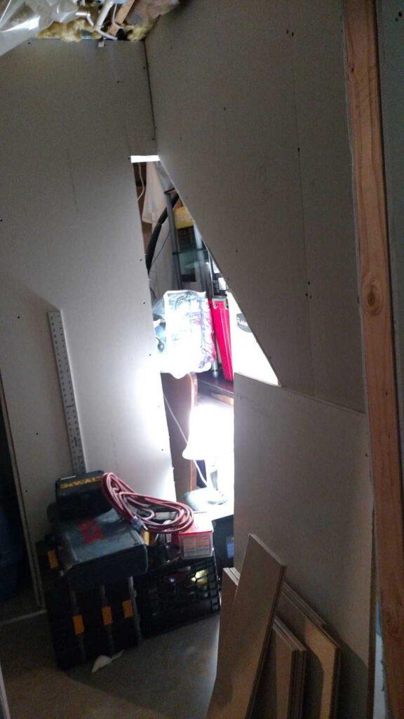 drywall around closet opening