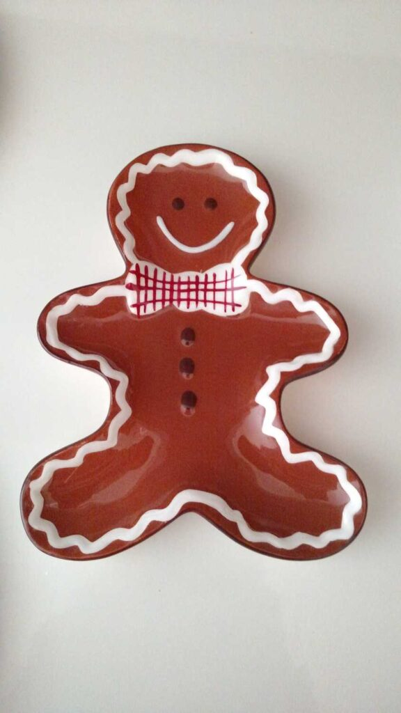 Gingerbread boy spoon rest