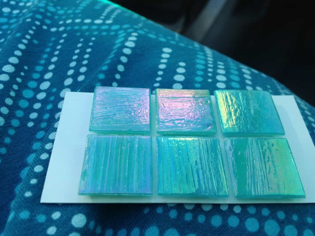 https://www.b4andafters.com/removable-tile-backsplash-for-bathroom-vanity/