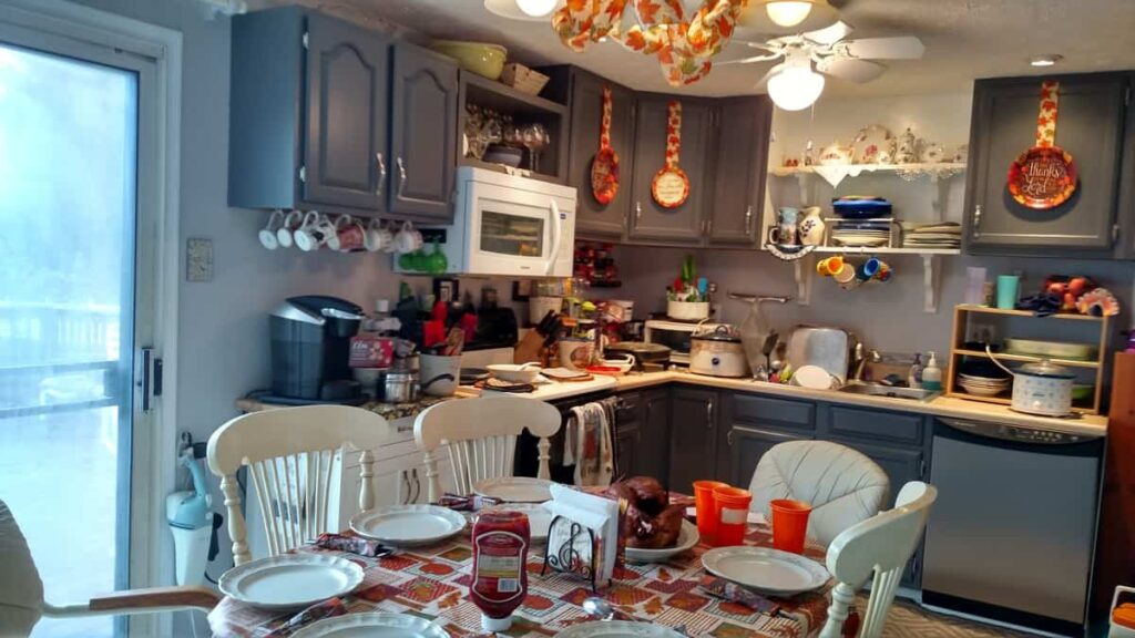 kitchen decorated for Thanksgiving