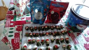 chocolate covered strawberries using ghirardelli melting wafers