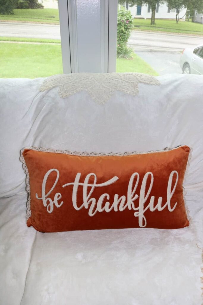 https://www.b4andafters.com/thanksgiving-fall-decor-part-one/
