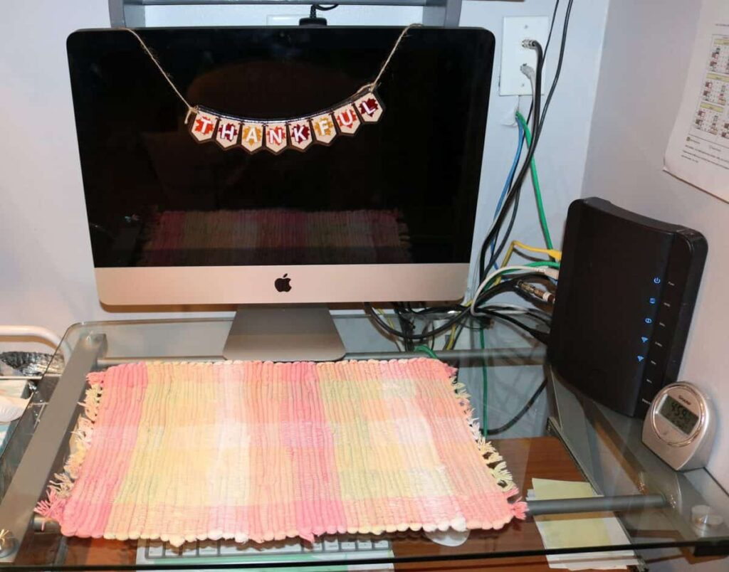 computer screen with a Thankful Banner on it