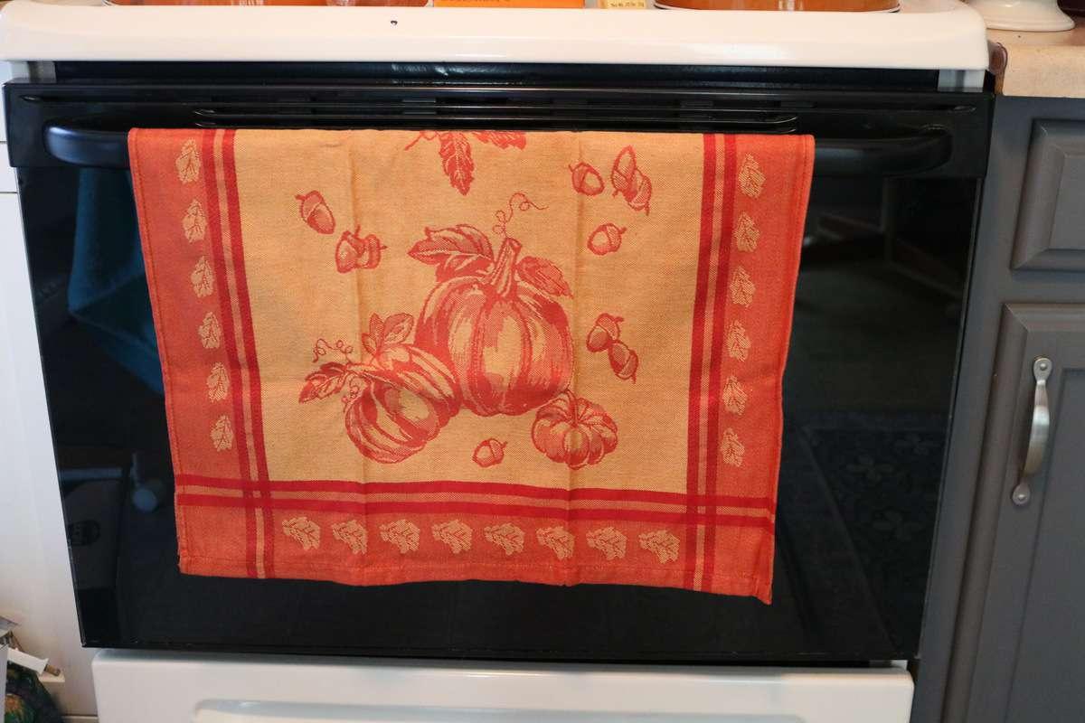 pumpkin kitchen hand towel