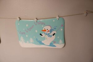 snowman placemats as wall decor