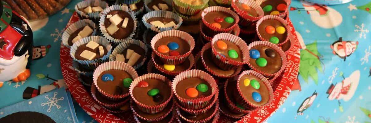 fudge in mini paper cups