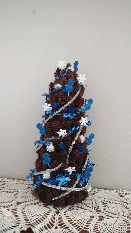 blue and white mini pine cone tree