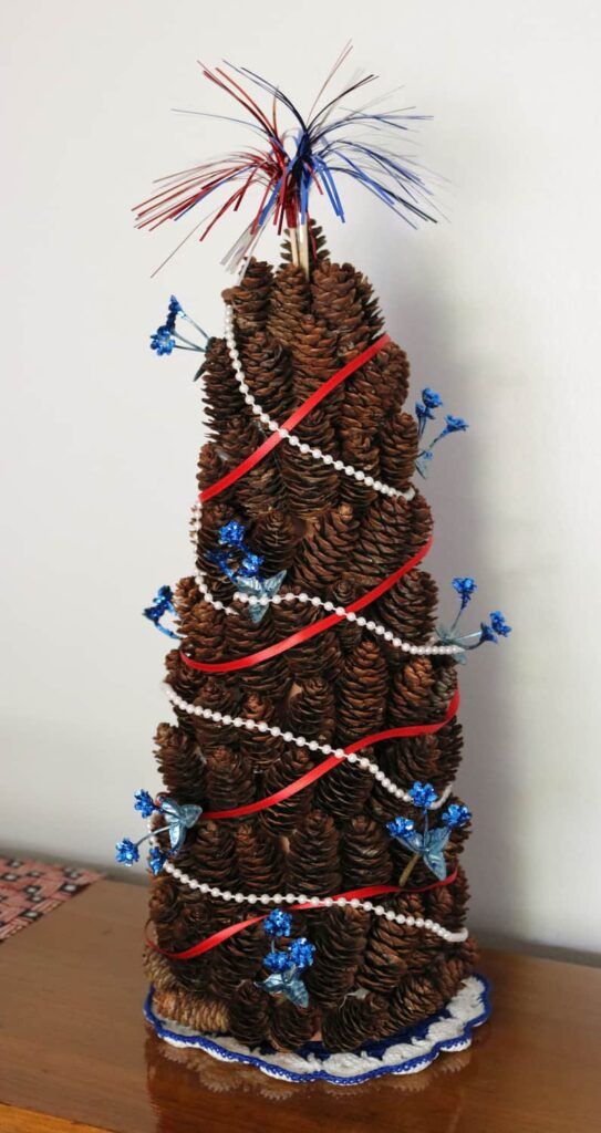 Patriotic Pine Cone tree all finished