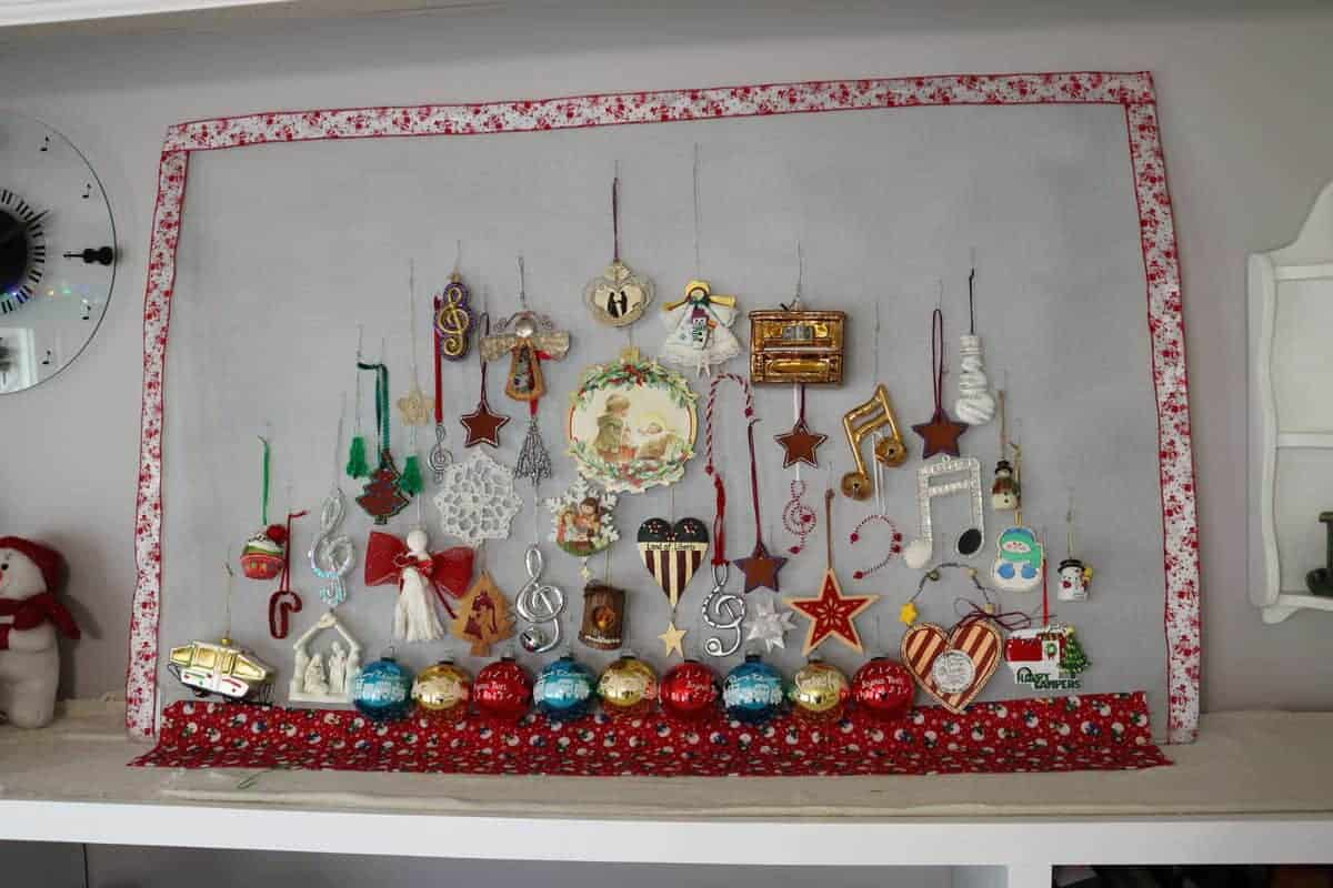 ornament display idea