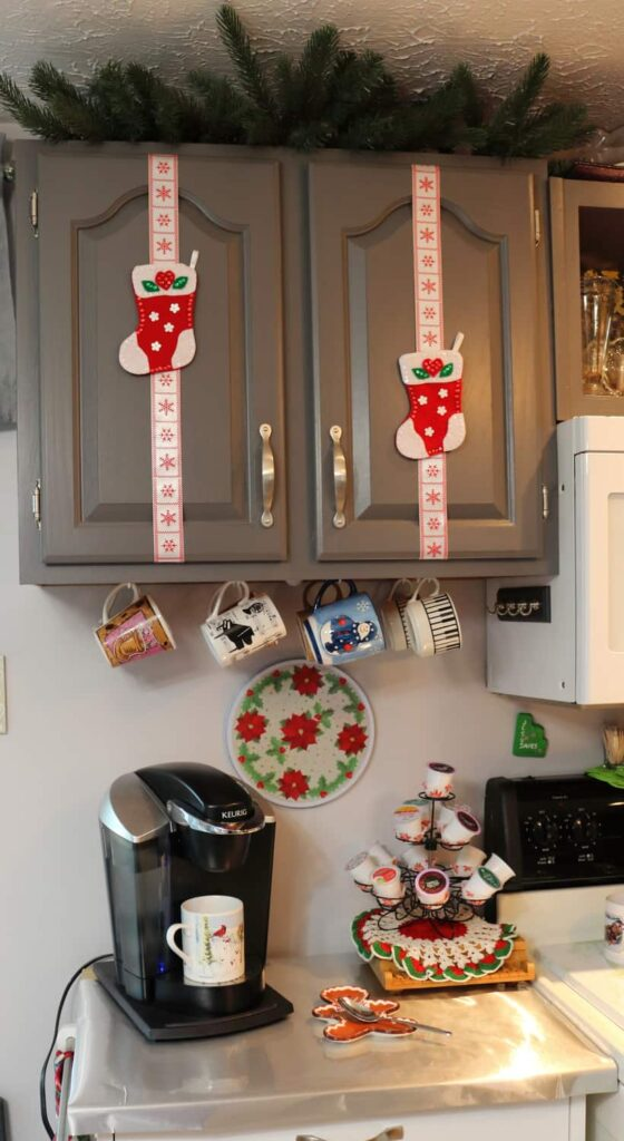 https://www.b4andafters.com/kitchen-cupboard-christmas-decor-2