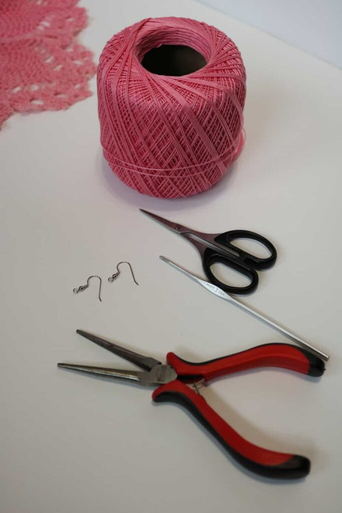 supplies needed https://www.b4andafters.com/easy-crocheted-earrings/
