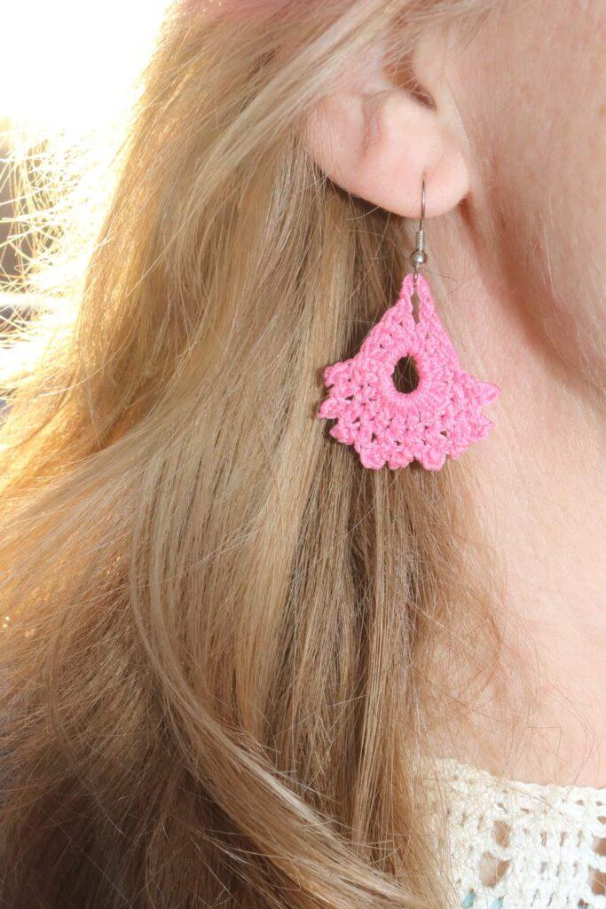 pink earring https://www.b4andafters.com/easy-crocheted-earrings/