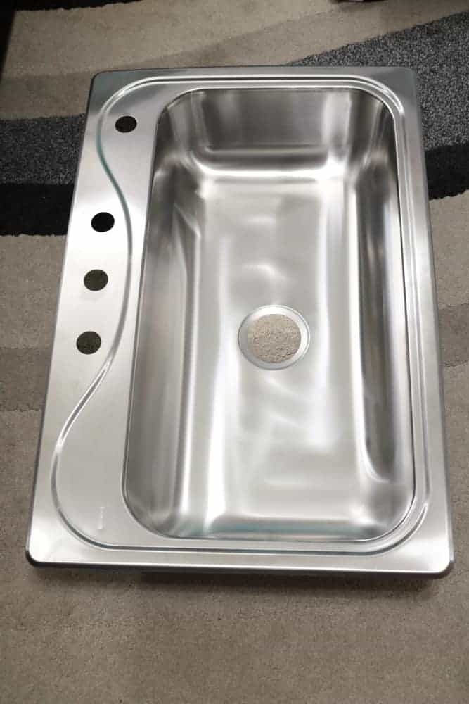 new kitchen sink uninstalled