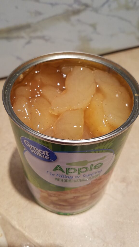 apple pie filling in a can