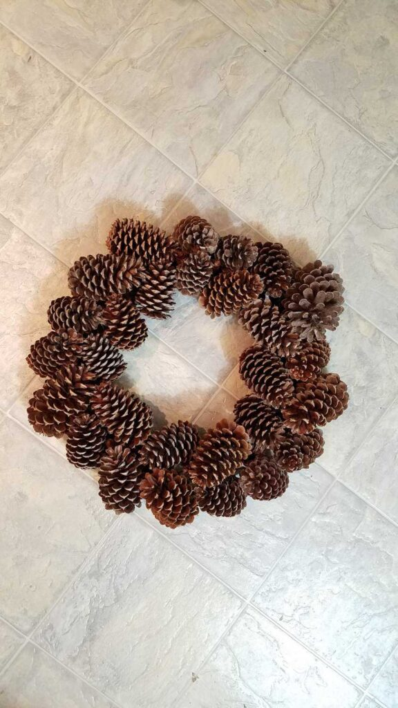 Finished Pine Cone Wreath