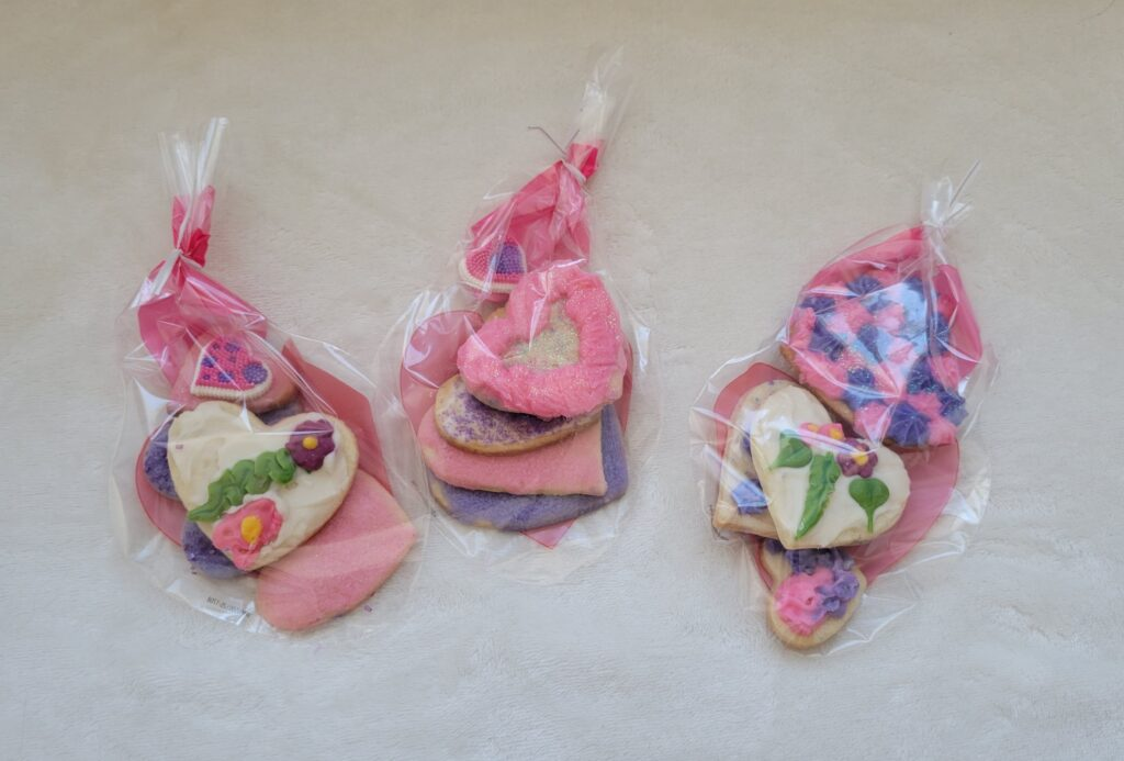heart cookies packaged in little bags for gift giving