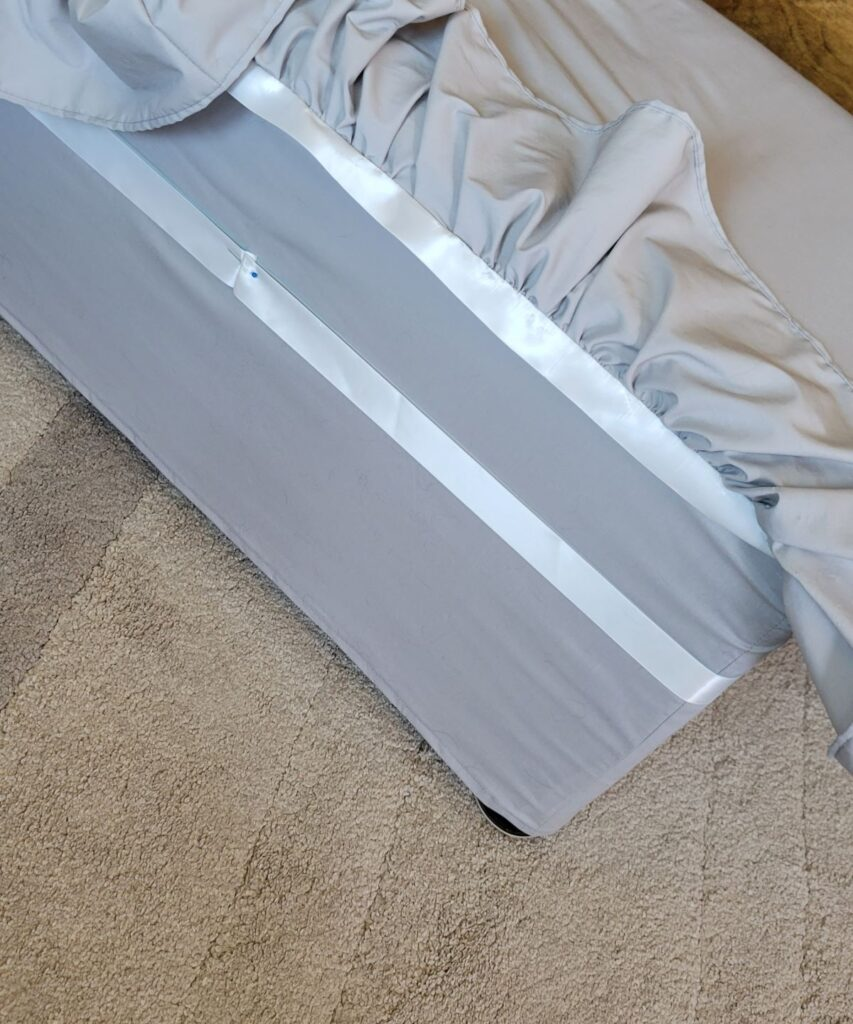 ribbon on bench cover
