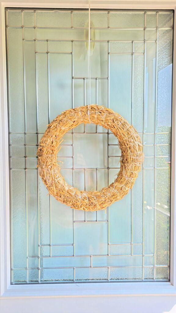 round straw wreath